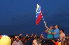Capriles: Para poder llegar al cambio nacional tenemos que g...