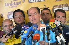 Julio Borges: Violencia es Nicolás Maduro, el voto es la Paz...