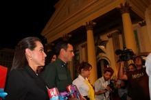 Capriles ofrendó misal romano y leccionario a la Virgen de C...