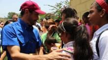 Capriles: Los trabajadores no se quedarán de brazos cruzados