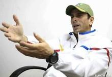 """Capriles: """"¿En qué ayuda que nos endeudemos por 492 mil..."""