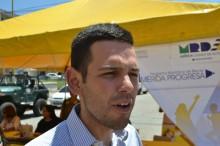 Alcalde Carlos García adjudicó 203 becas a estudiantes con d...