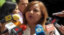 Dinorah Figuera responsabilizó al director del Sebin de la m...