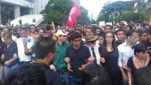 Capriles: Primero se va Maduro de Miraflores que Venezuela d...