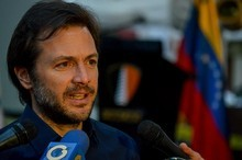 Ramón Muchacho: Dos Polichacao y el diputado Wilmer Azuaje i...