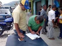 Primero Justicia Unda recolectó firmas para apoyar Ley de Bo...
