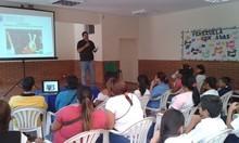 Víctor Pérez promueve la convivencia en las escuelas del mun...