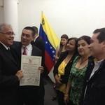 Fernando Albán: Apostamos por la formación de los docentes p...