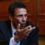 Capriles: No se justifica que haya civiles armados arremetie...