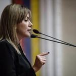 Carolina Jaramillo denunció que educadores en Aragua sobrevi...