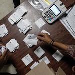 Unidad Democrática ante el proceso electoral fraudulento con...