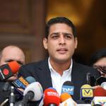José Manuel Olivares regresó a Venezuela