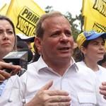 Juan Pablo Guanipa denuncia asedio de la dictadura contra pr...